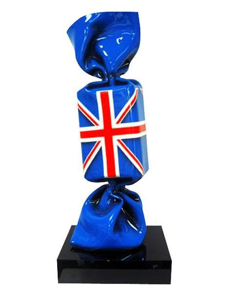 Wrapping Bonbon Drapeau Grande Bretagne Sculpture plexiglas 80 cm sur socle noir en plexiglas 2011 - Edition 8 + 4 E.A. © ADAGP Laurence JENKELL